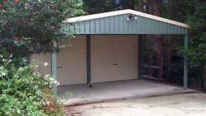 custom enclosed double garaport