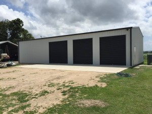 custom domestic shed 4 bay 3 door
